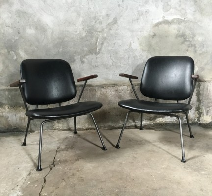 2 lounge chairs from the fifties by W. Gispen for Kembo