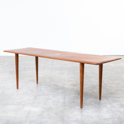 Coffee table from the sixties by Peter Hvidt for France & Son