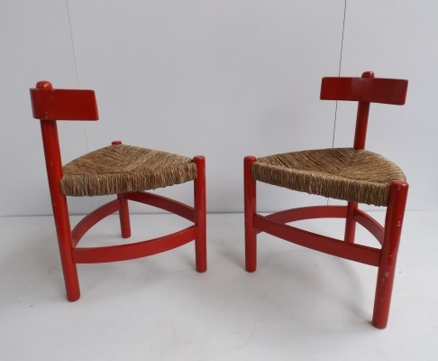 2 Tripod dinner chairs from the sixties by unknown designer for unknown producer