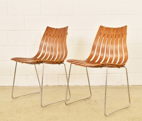 Pair of Scandia dinner chairs by Hans Brattrud, 1950s