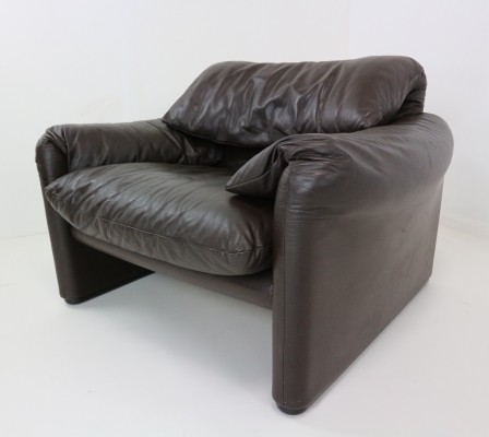 Leather Lounge Chair Maralunga Design by Cassina, 1980s
