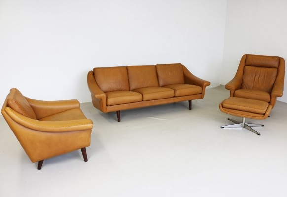 Danish design leather seating group, 1970s