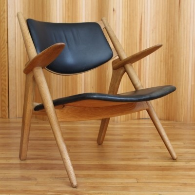 CH28 lounge chair from the fifties by Hans Wegner for Carl Hansen & Son