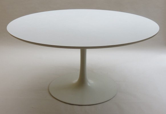 Tulip dining table from the sixties by Maurice Burke for Arkana Of Bath