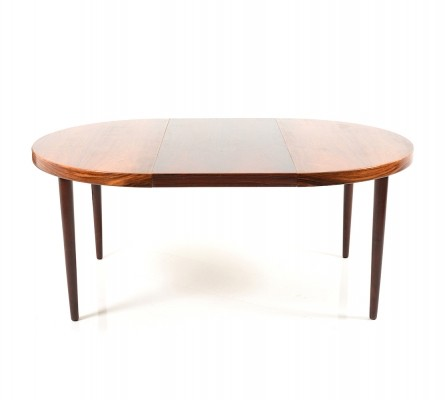 Round/oval expandable danish Rosewood Dining Table, 1960s
