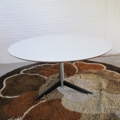 TE06 dining table from the sixties by Martin Visser for Spectrum