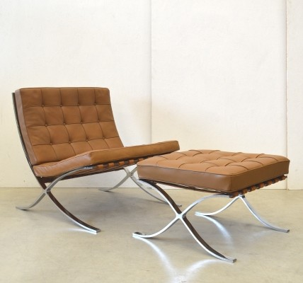 Barcelona lounge chair from the sixties by Ludwig Mies van der Rohe for Knoll International