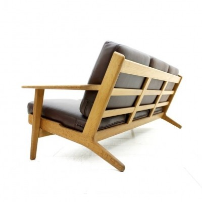 GE 290 sofa from the sixties by Hans Wegner for Getama