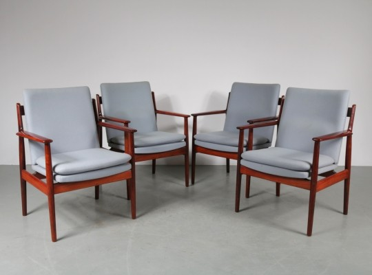 Set of 4 dinner chairs by Arne Vodder for Sibast, 1960s