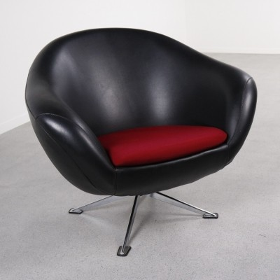 Swivel lounge chair from the sixties by unknown designer for unknown producer
