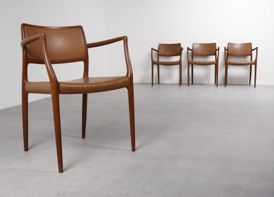 Set of 4 Model 65 dinner chairs from the sixties by Niels O. Møller for J L Møller