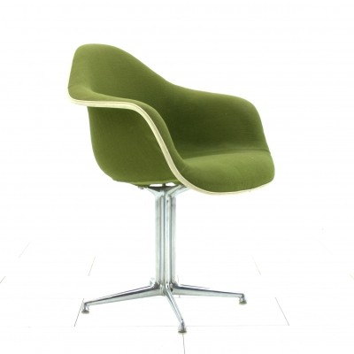 La Fonda arm chair from the sixties by Charles & Ray Eames for Vitra