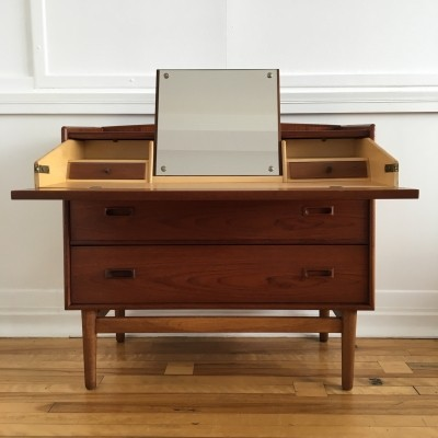 Midcentury Danish Teak & Oak Chest / Dresser / Dressing Table, 1960s