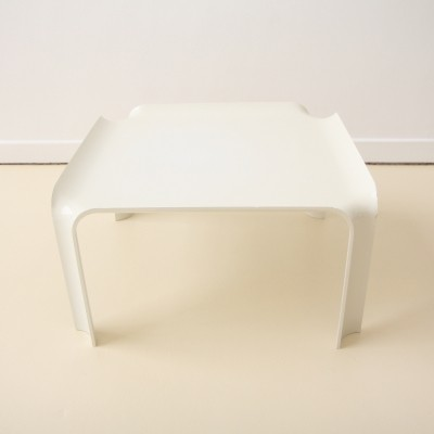 2 T 877 coffee tables from the seventies by Pierre Paulin for Artifort