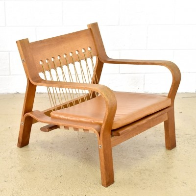 GE-671 lounge chair from the sixties by Hans Wegner for Getama