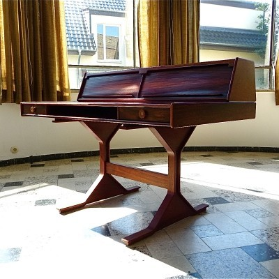 Model 530 writing desk by Gianfranco Frattini for Bernini, 1950s