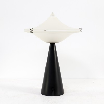 Aliën desk lamp by L. Cesaro for Tre Ci Luce, 1970s