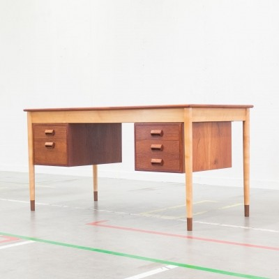 Model 130 writing desk by Børge Mogensen for Søborg Møbelfabrik, 1950s