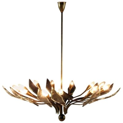 Italian chandelier with brass structure & crystal curved foils, 1950s