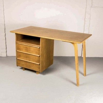 Dutch Design EE02 Oak Desk by Cees Braakman for Pastoe