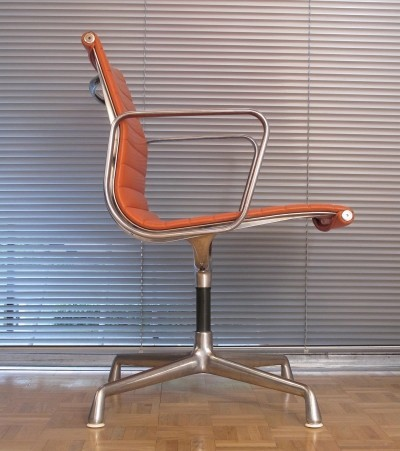 Eames EA108 chair for Herman Miller, 1960s