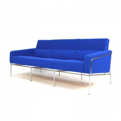 Arne Jacobsen 3300 sofa for Fritz Hansen, 1970s