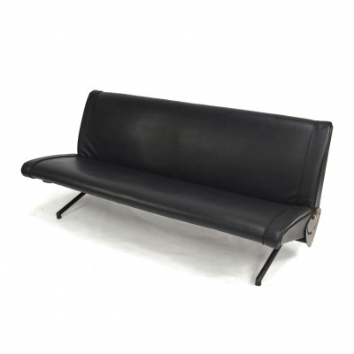 Early 1st edition Osvaldo Borsani d70 sofa for Tecno