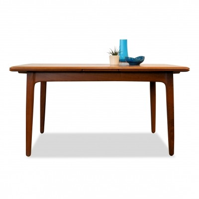 Svend Aage Madsen extendable teak dining table, 1960s