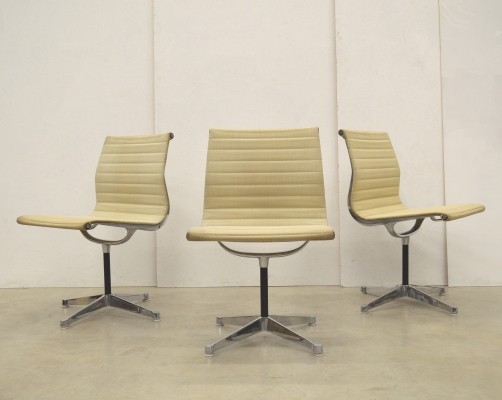 3 x EA106 office chair by Charles & Ray Eames for Herman Miller, 1970s