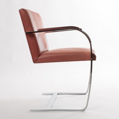 Set of 6 Brno arm chairs by Ludwig Mies van der Rohe for Knoll International, 1920s