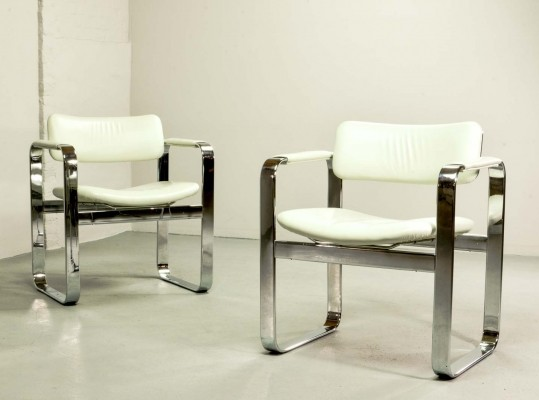 Chromed Steel Executive Armchairs 'Silver Series' by Eero Aarnio for Mobel Italia