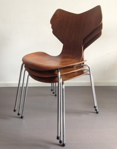 Set of 3 Grand Prix dinner chairs by Arne Jacobsen for Fritz Hansen, 1960s