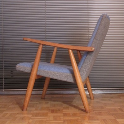 Hans Wegner GE260 Solid Oak Lounge Chair For Getama