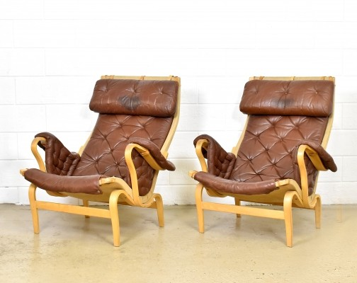 2 x Brown leather Pernilla lounge chairs by Bruno Mathsson, 1970s