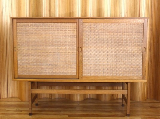 RY33 sideboard by Hans Wegner for Ry Møbler, 1960s