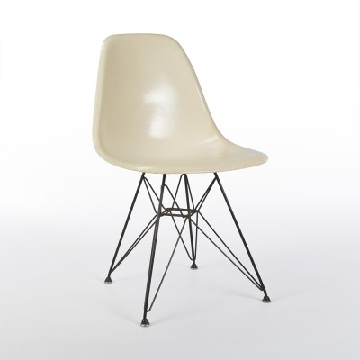 Original Early Venice Label Herman Miller White Eames DSR Chair