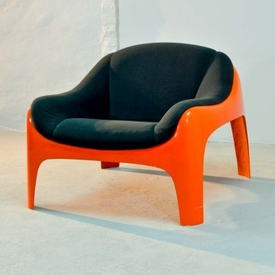 Italian Fiberglass Lounge Chair by Sergio Mazza for Artemide, 1960s