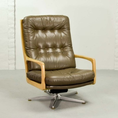 Luxurious Leather Lounge Chair Designed by Eugen Schmidt, 1970s
