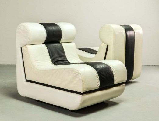 Set of Black & White Italian Leather Lounge Chairs, 1980s