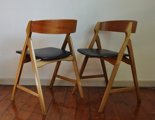 Pair of Model 71 dinner chairs by Henning Kjærnulf for Boltings Stolefabrik, 1960s