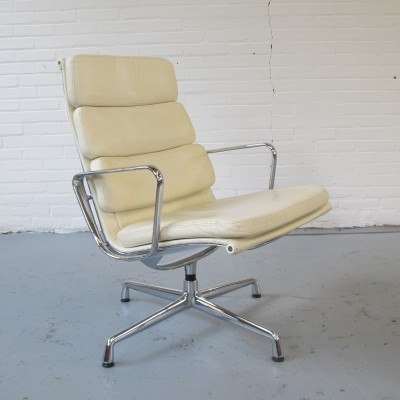EA 216 soft pad lounge chair by Charles & Ray Eames for Vitra, 1990s