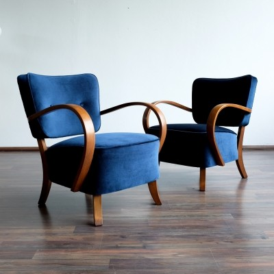 2 x H-237 arm chair by Jindřich Halabala for Spojene UP Zavody, 1930s