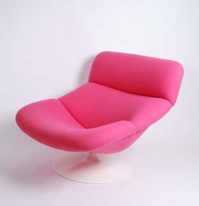 Artifort Pink F518 Lady Lounge Swivel Chair by Geoffrey Harcourt