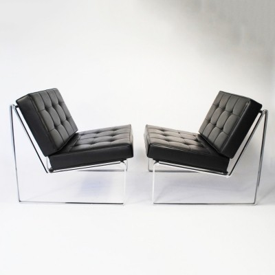 Pair of model 024 lounge chairs by Kho Liang Ie for Artifort, 1960s