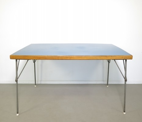 Model 530 dining table by André Cordemeyer for Gispen, 1950s