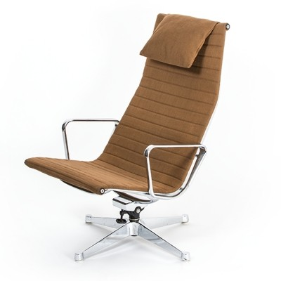 EA 124 Chair by Charles & Ray Eames for Herman Miller, 1960s