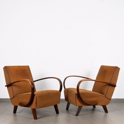 Pair of arm chairs by Jindřich Halabala for Spojene UP Zavody, 1950s