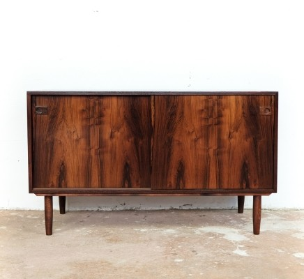Lower Danish cabinet with 2 sliding doors in rosewood