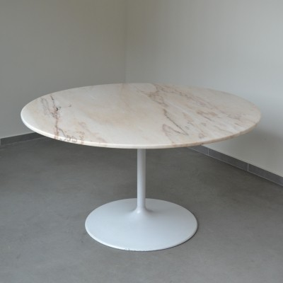 Marble tulip table, 1970s