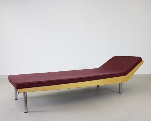 Scarce exceptional daybed by Braakman for Pastoe, 1950s